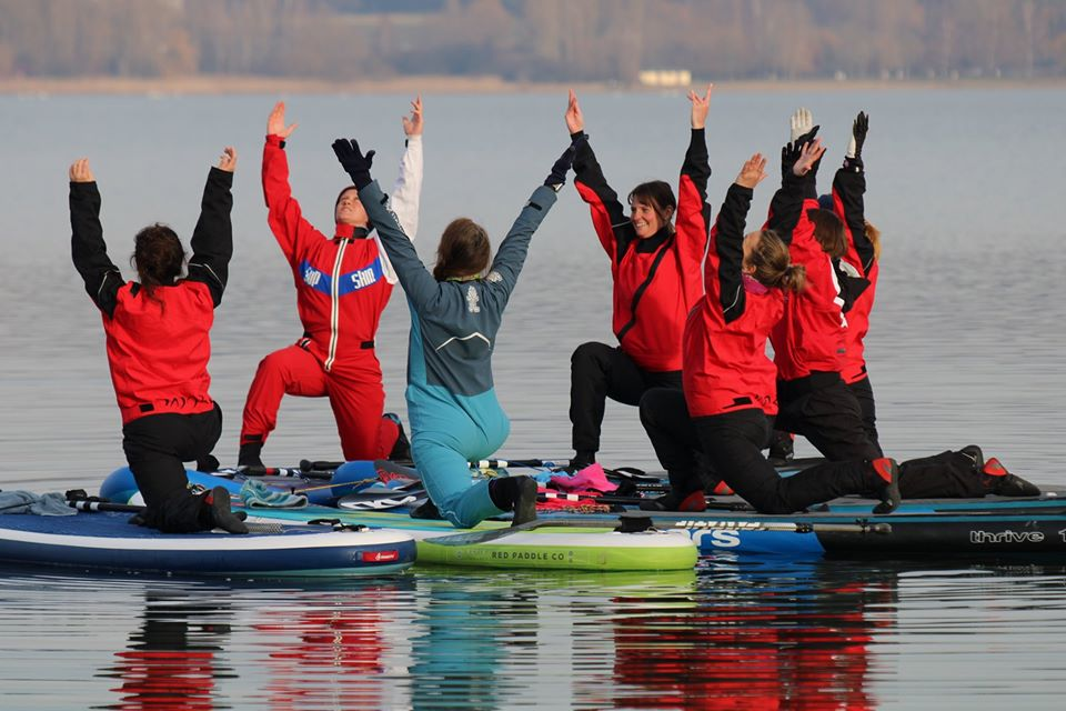 Winter2 SUP Yoga Super Bodensee Hegne Berenice Standuppaddle
